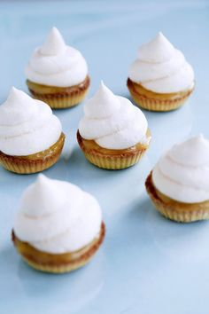 Lemon meringue tartlets | LondonKjokken.com
