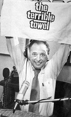 """""""OTD Steeler Nation lost their voice of 35 years as Myron Cope, National Radio Hall of Famer passed. Cope and quarterback Terry Bradshaw both made their Steeler debuts on Sept Standing only Myron towered over other announcers. Steelers Pics, Here We Go Steelers, Pittsburgh Steelers Football, Pittsburgh Sports, Steelers Stuff, Dallas Cowboys, Steelers Gear, Pittsburgh City, Sport Football"""