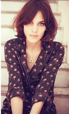 alexa chung ... she is so amazing! I could be ready for my first short hair cut!!!  ----love it!!
