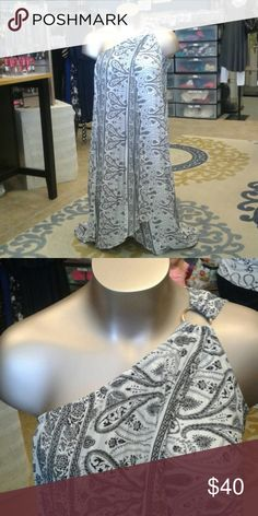 Lane Bryant Maxi Dress Chic black and white dress with a floral paisley print. Lane Bryant Dresses
