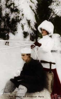 Prince Vilhelm of Sweden with his wife Maria Pavlovna, nee Grand Duchess of Russia.  want her hat!