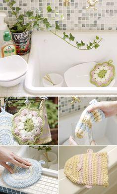 Crochet Tawashi set - free diagram pattern (Japanese). English version via this link: http://gosyo.co.jp/english/pattern/eHTML/tawashi.html