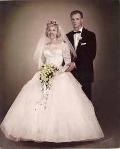 1961 Teardrop design with streamers and Rosay Vintage Wedding Photos, Vintage Bridal, Vintage Weddings, Vintage Images, Wedding Pictures, Colored Wedding Dresses, Wedding Colors, Wedding Styles, Bridal Gowns