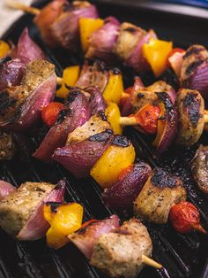 Ina Paarman | Pork Kebabs South African Recipes, Ethnic Recipes, Braai Recipes, Pork Fillet, Kebabs, Side Dishes, Vegetarian, Stuffed Peppers, Meat