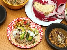 Juicy Chicken Green Chile Tacos #recipe