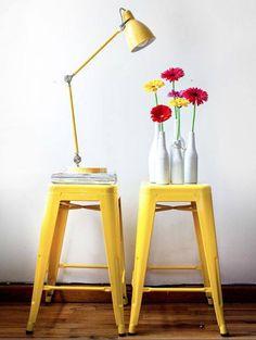 Tolix en stock Tabouret jaune Mobilier Design http://www.uaredesign.com/l-tolix-livraison-24h.html