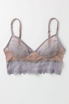 Scalloped lace bra