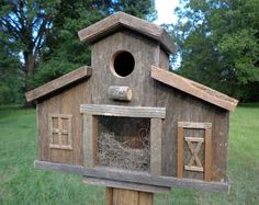 Barn Birdhouse, Rustic Birdhouse, Old West Bird House . Bird House Plans, Bird House Kits, Rustic Barn, Barn Wood, Birdhouse Designs, Old Fences, Wood Bird, Kit Homes, Traditional House