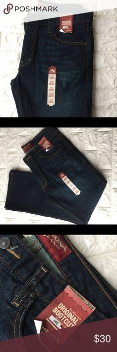 Arizona Jeans boot cut Original bootcut jeans, sits below waist. Brand new Arizona Jean Company Jeans Bootcut