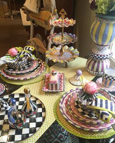 Alice in Wonderland craft ideas Painted Chairs, Hand Painted Furniture, Funky Furniture, Painted Vases, Mackenzie Childs Furniture, Alice In Wonderland Crafts, Mackenzie Childs Inspired, Mckenzie And Childs, Mad Hatter Tea