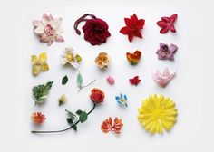 Artificial Flowers. Rubbish collected from beaches in UK, Kent to Land's End, turned into art >> https://www.adaptnetwork.com/environment/gallery-uk-beach-trash-eco-art/