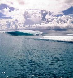 """The Banzai Pipeline, or simply """"Pipeline"""" or """"Pipe,"""" is a surf reef break located in Hawaii, off Ehukai Beach Park in Pupukea on O'ahu's North Shore. A ree. No Wave, Big Waves, Ocean Waves, Best Surfing Spots, Save Our Oceans, Soul Surfer, Hawaii, Surf Trip, Surf Style"""
