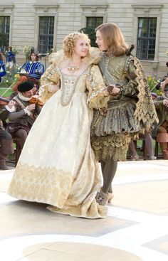 What an adorable story of two people married and then falling in love!❤️ Juno Temple as Queen Anne and Freddie Fox as King Louis XIII in 'The Three Musketeers' Costume design by Pierre-Yves Gayraud . Tudor Costumes, Period Costumes, Halloween Costumes, Historical Costume, Historical Clothing, The Three Musketeers 2011, Bbc Musketeers, Milady De Winter, Musketeer Costume