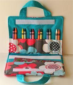 Cute things to sew: Maleta de tela para pinturas. Crayon and coloring book… …