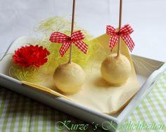 Kurze´s Köstlichkeiten: Im Test: Cake Pop Backblech - meine ersten Kuchenlollis