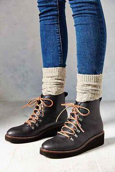 Jeans, botas y calienta piernas. Perfecto