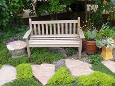 BBY 2010 - different varieties of thyme provide a scented walk. Bryce's Garden - Dedicated to Alfresco Living.