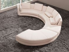 A stunning reproduction of Ligne Roset's Togo sofa, the Bloom 5 piece sofa enables you to have this infamous design in your own home. The stunning and unique sofa set has a retro-modern style look that instantly turns heads.
