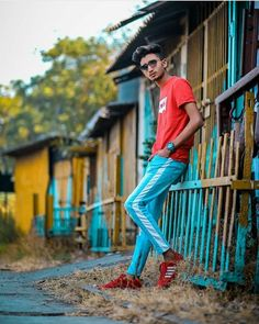 Cool Boy New Poses Pic Photography Poses Poses for boy Photo Poses For Boy, Best Photo Poses, Boy Poses, Mens Poses, Best Photo Background, Studio Background Images, Dslr Background Images, Best Poses For Photography, Portrait Photography Poses