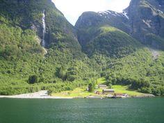 Nærøyfjorden, Aurland, Sogn og Fjordane, Norway
