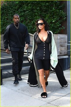 Kim Kardashian & Kanye West Had the Ultimate Dinner Party After the VMAs