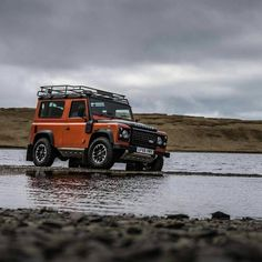 "2,947 Likes, 6 Comments - @landroverphotoalbum on Instagram: ""@paulhphoto has nicely captured the Defender 90 with much gravitas. #landrover #defender90…"""