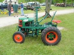 New Pictures of the Canadian Regional in Cookstown Ontario and Beaver Dam Wisconsin Show In the Show Schedule Page  We still need pictures from past VGTCOA Shows. Send Pictures to. Small Tractors, Old Tractors, Lawn Tractors, Antique Tractors, Vintage Tractors, Yanmar Tractor, Tractor Accessories, Beaver Dam, Farm Gardens