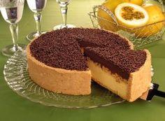 torta de maracuja com chocolate