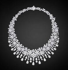 Diamond Flower Necklace by Graff! #Luxury #Necklace #Jewelry #Bling