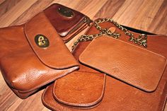 Mulberry wallet Mulberry iPad case Mulberry horse shoe coin pouch Mulberry Dan wallet Mulberry locked cosmetics pouch http://lor1en.co/M5wKST