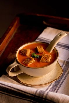 Tomato Soup Recipe with step by step photos. This is an easy to prepare restaurant style delicious tomato soup recipe. Veg Soup, Vegetable Soup Recipes, Veg Recipes, Indian Food Recipes, Vegetarian Recipes, Cooking Recipes, Indian Snacks, Cooking Tips, Recipies