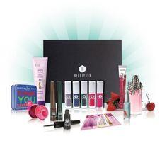 Beautybox: 1 jaar editie! - http://www.fashionscene.nl/p/145962/beautybox:_1_jaar_editie!