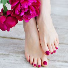 nice Trendy pedicure design 2016 - News and trends photos) - Woman Hair Style Pretty Toe Nails, Pretty Toes, Mani Pedi, Manicure And Pedicure, Pedicure Designs, Nail Designs, Beautiful Toes, Feet Nails, Cute Toes