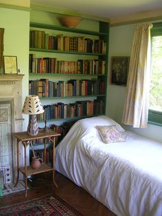 La camera da letto di Virginia Woolf a Monk's House