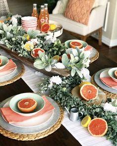 Summer Table Decorations, Summer Centerpieces, Decoration Table, Dining Room Table Decor, Deco Table, Dining Room Design, Brunch Mesa, L Eucalyptus, Spring Home Decor