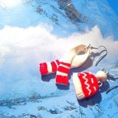 Mes boucles oui mémé ! écharpe, bonnet en fimo rouge / blanc par saucisse