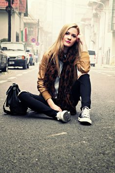 casual outfit Casual Outfits, Bomber Jacket, Hipster, How To Wear, Jackets, Style, Fashion, Down Jackets, Casual Clothes