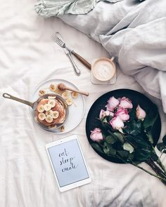 Best Breakfast In Bed Flatlay Good Morning Ideas Coffee Time, Morning Coffee, Tea Time, Go Feminin, Photo Pour Instagram, Instagram Blog, Photo Café, Photo Tips, Easy Like Sunday Morning