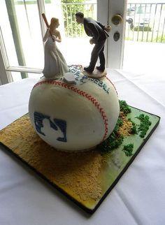-MLB baseball theme groom's cake.JPG