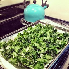 Super simple kale chip recipe! Naturally gluten and dairy free. A quick healthy snack!