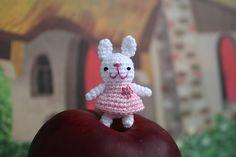 My Little Mochi - Apple Bunny