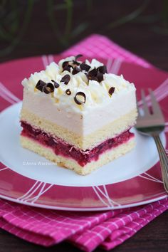 Ajerkoniakowy layer cake with cherries Polish Desserts, Polish Recipes, Cookie Recipes, Dessert Recipes, Sweets Photography, Decadent Cakes, Cake Decorating Videos, Baking And Pastry, Pastry Cake