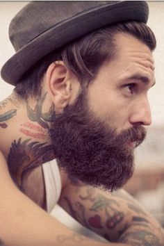 Let's cover in this thread the hipster beard. As some of you will know, the hipster beard is a relatively new beard style; it is actually complemented with side swept hair or similar and the beard is Beards And Mustaches, Moustaches, Great Beards, Awesome Beards, Bart Tattoo, Bart Styles, Sexy Bart, Angelo Kelly, Ricki Hall