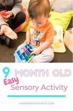 Here is a 5 minute setup sensory activity that you can do with your 9 month old . - how to play with baby - Baby Activities Baby Sensory Play, Sensory Toys, Baby Play, Infant Sensory, 9 Month Olds, 9th Month, Baby Month By Month, Montessori Activities, Learning Activities