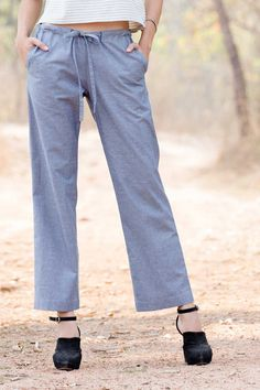 We think you'll adore the Canna cotton linen pants for their simple elegance and light, casual feel.  These smart summer pants are made from a beautiful and breathable cotton-linen mix for a softness and freshness that screams comfort on hot summer days.