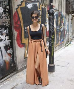 love the maxi skirt with slit and simple top