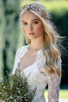 Mariana Hardwick Wedding Dresses — Hardwick Bride Collection | Wedding Inspirasi