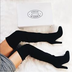 Steve Madden Gorgeous Over the knee boots New // worn 3 times // these are too big on me! I bought some that fit me correctly Steve Madden Shoes Over the Knee Boots
