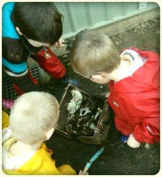 digging up a box of bones #abcdoes #provocationsforlearning #engagingboys