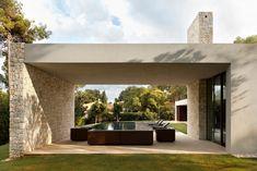 El+Bosque+House+by+Ramon+Esteve+Estudio